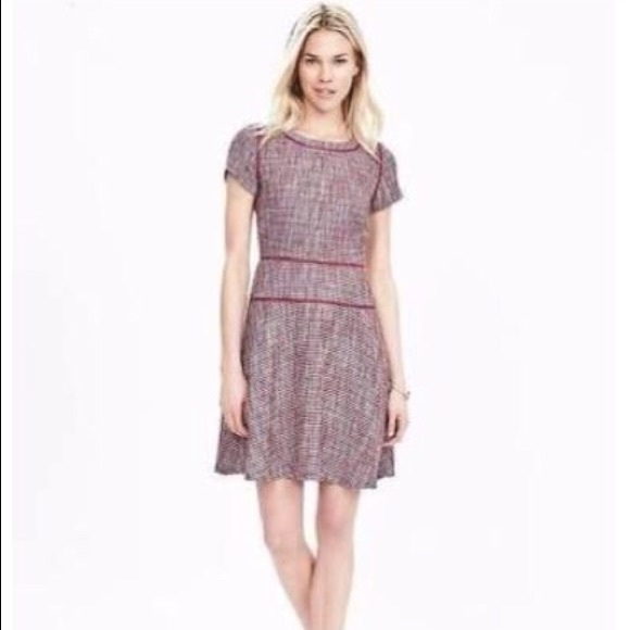 fc82a93770e Banana Republic Dresses   Skirts - Banana Republic Piped Tweed Fit and Flare  Dress